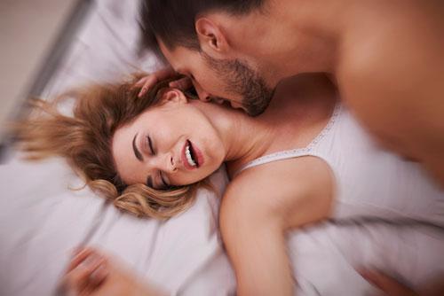 mand giver kvinde orgasme