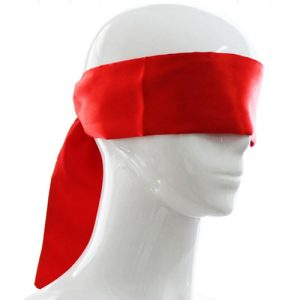 rødt satin blindfold