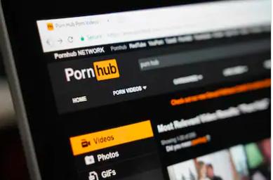 få en orgasme ved hjælp af porno