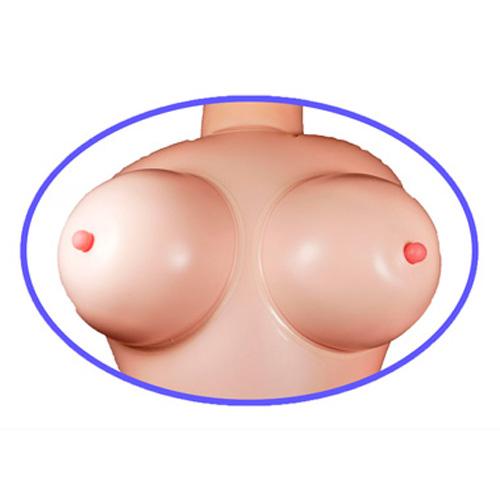 bryster på sexdukke