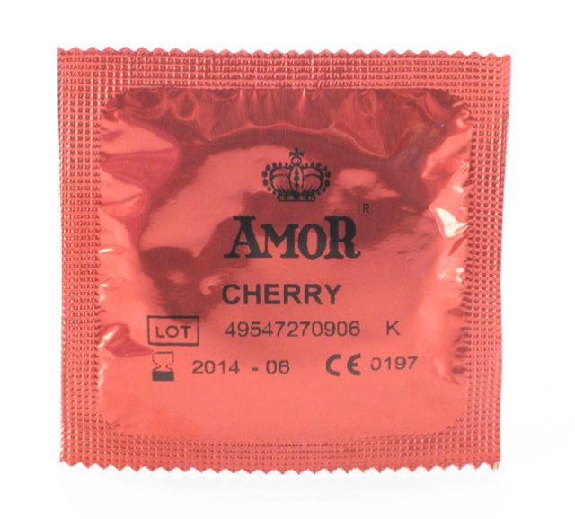 amor cherry kondom