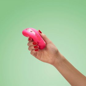 fun factory laya 2 vibrator pink hand